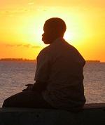 Fısıltıyı Dinle… veya Taşı Bekle
